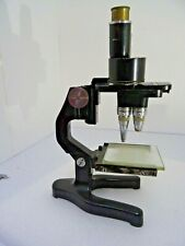 Leitz stereo  greenough microscope with 1x 4x 8x objectives eyepieces 8x