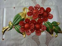 OLD VTG POT METAL RED ENAMEL FLOWER CLUSTER BOUQUET GOLD TONE PIN BROOCH (K-30)