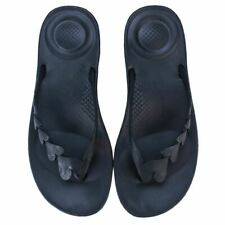 Women's Fit Flop iQushion Love Cushioned Toe Thong Flip Flops in Black