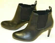 Clarks Black Leather ladies chelsea ankle boots size 3/35.5 - 5.5/39 D
