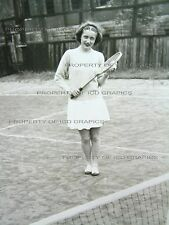 Vtg CUTE YOUNG GIRL SEXY TENNIS PLAYER Black & White PHOTO 1940's 1950's VELOX