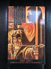 DC Comics GREEN ARROW The Longbow Hunters Graphic Novel Paperback Book 1989 RARE