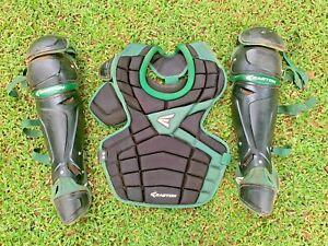 "Easton M10 IKP intermediate Catcher Gear Age 13-15 mitt equipment Green 14.5"""