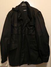 Schwarze warme Jacke mit diversen Taschen und Kapuze im Kragen Gr. S von L.O.G.G