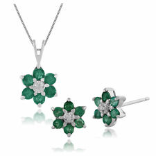Gemondo 9ct White Gold Emerald & Diamond Stud Earrings & 45cm Necklace Set