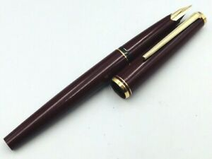 Y5881  MONTBLANC Fountain Pen Burgundy Red 14K Gold 585