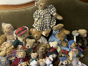 HUGE lot of 25 Plush BOYDS BEARS Retired & Vintage - Most with Tags