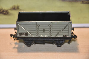 Tin Plate. HORNBY by MECCANO. 7 Plank Open Wagon. 12T M608344. Near Mint. No.2