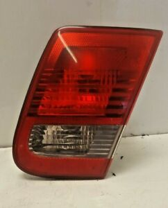 SAAB 93 DRIVERS SALOON SIDE REAR INNER TAIL LIGHT LENS AND BULB CLUSTER 2003-07