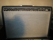 90's FENDER ULTRA CHORUS STEREO AMP - made in USA