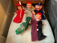 5 X VINTAGE HAND PUPPETS CROCODILE, POLICEMAN, KING, PUNCH, ETC