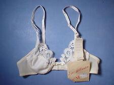 Vintage Lady Marlene 1533 Lace Trim Underwire Bra Size 32A in Ivory