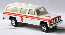 Chevrolet Suburban 4 x 4 Zuerich Swiss Airport Ambulance 1:87 Trident 90060