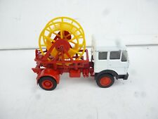 LBS ?? 1/43 about VINTAGE MERCEDES BENZ TRUCK WITH SNAKE WHEEL ON IT NICE!!!