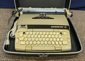 SCM Smith Corona Electric Typewriter Electra 120 Hard Case Gold Works Portable