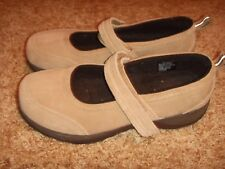 LL Bean Mary Jane Shoes Tan Leather Suede Comfort Walking Womens Size 7.5W