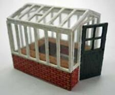 SMALL GREENHOUSE 95851 LASER CUT KIT FOR OO MODEL RAILWAYS SUIT HORNBY ETC