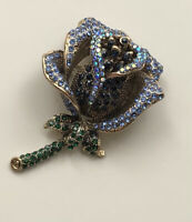 Unique Vintage Style Large flower Brooch PeIn gold tone metal with crystals