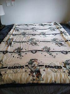 Vintage 1992 Los Angeles Raiders Comforter