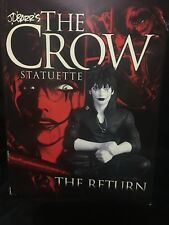 THE CROW STATUETTE / THE RETURN