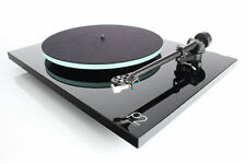 Rega Planar 2 Turntable/RB220 tonearm/Glass-platter/cartridge AUTHORIZED-DEALER