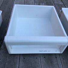 New listing Sub-Zero 550 Refrigerator Crisper Drawer Part # 4180910