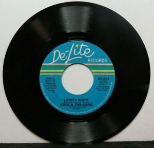 KOOL & THE GANG LADIES NIGHT/IF YOU FEEL LIKE DANCIN' (NM) DE-801 45 RECORD