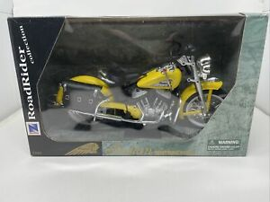 1948 Indian 1:6 Die-cast Motorcycle Yellow