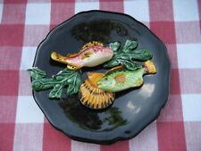 assiette barbotine provençale poissons coquille années 60