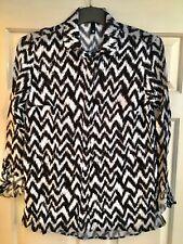 Women's H&M DIVIDED Blouse Top Shirt. Black & White. Size 8