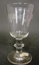 Biedermeier-Weinglas, norddeutsch Mundgeblasenes Glas. Gerutschtes Dekor.