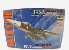 ARII Japan Fighter Valkyrie Vf-1A Macross 1/100 maquette kit plastic neuf
