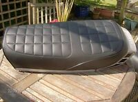 Motorcycle seat cover complete with strapYamaha RD250/400 DX