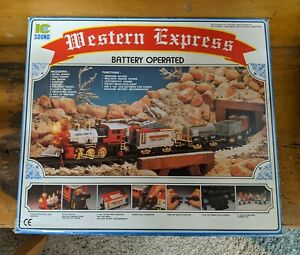 Western Express Battery Operated Train Set Smoke Sound Lights.  Complete.