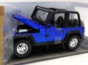 Jada Just Trucks 1/24 Scale Diecast - JA98081WA1 1992 Jeep Wrangler Blue
