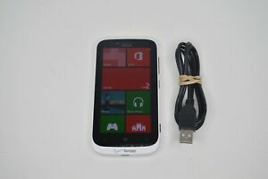 Verizon Nokia Lumia Windows Phone WIFI Capable 4g Model 822 w/ Charger TESTED