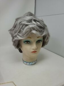 Paula Young Wig A8276 Gentry II SF51/60 Size Large Silver Loose Curl