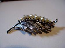Vintage 1940s TRIFARI brooch/pin SILVERTONE/PEARL Leaf