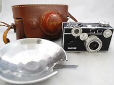 Vintage ARGUS C3 Rangefinder Film Camera - Leather Field Case - Blue Tinted Lens