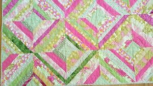 """QUILT THROW MACHINE QUILTED & PIECED PINK GREEN YELLOW SPOOLS EUC 53X72""""(#18)"""