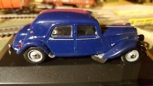 voiture miniature Citroën traction 15 SIX au 1/43