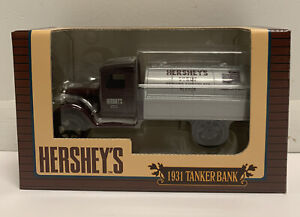 ERTL Collectibles Hershey's Syrup 1931 Hawk Tanker Truck Bank LE NEW in Box