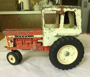 """vintage toy tractor ERYL McCormick Farmall 560 with cab 9"""" Metal Die-cast"""