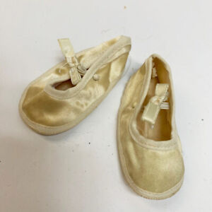 """Vintage Madame Alexander 16""""-18"""" Baby Doll Cream Satin Bow Shoes"""