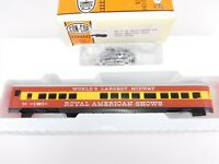 HO Con-Cor Kit 0001-00968 Royal American Shows 72' Observation Passenger Car #56