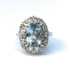18k White Gold Cluster Ring with Aquamarine and Diamonds