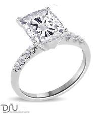 Cushion Engagement VVS2 Fine Diamond Rings