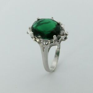 Size 7 Oval Green Sim. EMERALD Ring with CZs - 925 STERLING SILVER - Rhodium #20
