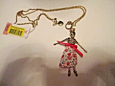 BETSEY JOHNSON SKULLS AND ROSES PINK SAILOR GIRL LONG NECKLACE