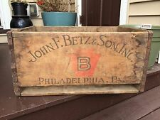 BETZ BEER PHILADELPHIA WOOD CRATE MAN CAVE BAR ANTIQUE VINTAGE PENNSYLVANIA
